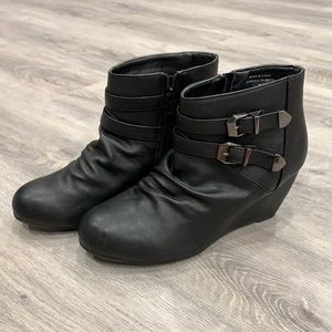 Ardene Casual Black Wedges with Buckle Design